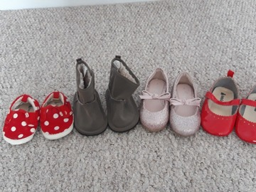 Selling with online payment: Shoe bundle for girls, various sizes