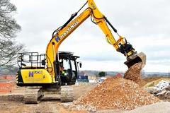 Hourly Equipment Rental: JS131 Excavator with engcon tiltrotator