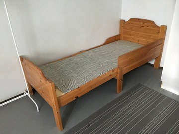 Selling: Bed for sale