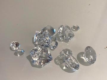 Ilmoitus: Erikokoisia timantteja