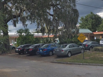 Daily Rentals: Orlando FL, 2 parking spots available at 1802 Lucerne Terrace