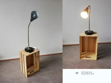 Myydään: Desk lamp