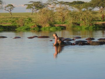 Offering with online payment: 6-Day Hakuna Matata Safari Kenya