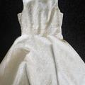 Ilmoitus: Myydään lyhyt valkohopeinen mekko