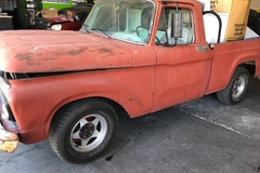 Selling without online payment: 63 Ford f-100  complete  chassis