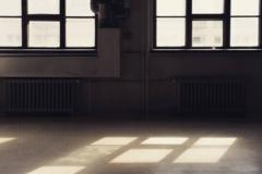 Vuokrataan: Taiteilijalle työtila jaetusta huoneesta/ Studiospace for artist