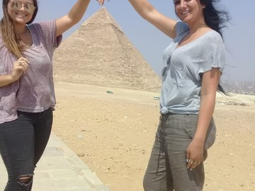 Offering with online payment: full day Giza pyramids and Egyptian museum