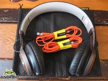 Selling: Selling Jabra wireless headphones