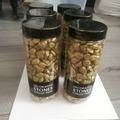 Ilmoitus: Kultaisia koristekiviä