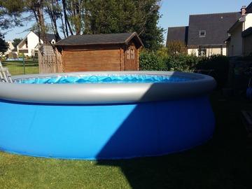 NOS JARDINS A LOUER: Jardin avec terrasse et piscine