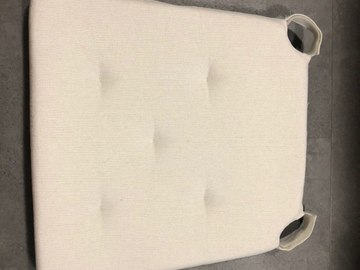 Selling: Ikea cushion for a chair