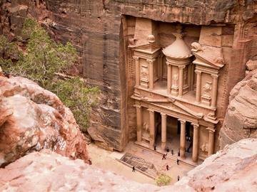 Offering with online payment: Petra from Tel Aviv with flights