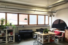 Vuokrataan: Laptop spot in shared workspace