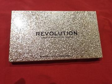 Venta: Paleta revolution Jewel- Gilgded