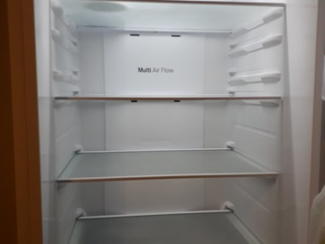 Selling: LG Fridge Freezer GBB59SWJZB (White) price can be adjusted