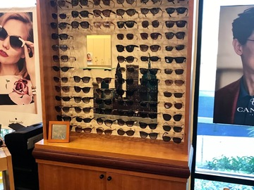 Selling with online payment: Eyedesigns frame displays and dispensing tables for sale!