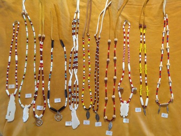 Selling: Native Innu necklace
