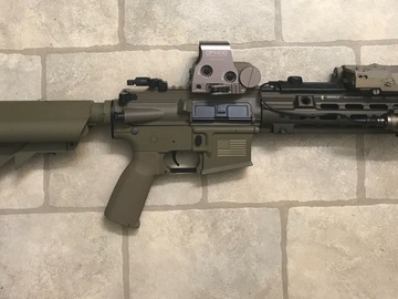 Selling: 416 with 14.5 inch replica Geissele rail