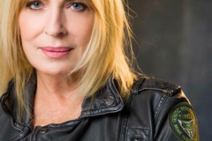 Coaching Session: Video Call about Life, Realtionship, Acting with Joanna Cassidy