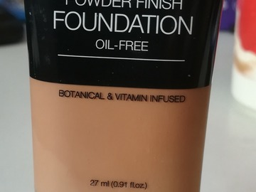 Myydään: Palladio powder finish foundation