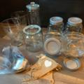 Ilmoitus: Karkkibuffet-setti (8 kippoa, kauhat, pihdit, viiri)
