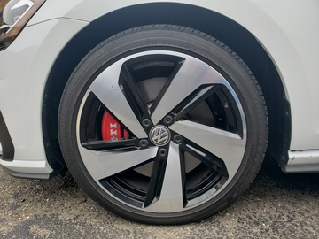 Selling: Volkswagen OEM Dallas Wheels- Bolt pattern: 5x112 R18