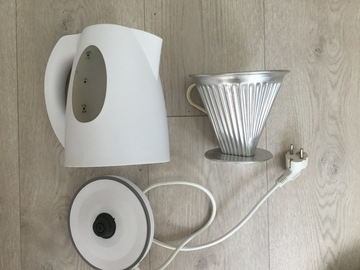 Selling: Water kettle + filter holder