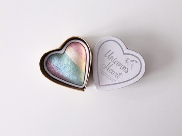 Venta: Pack Balm Stain Wet & Wild e Iluminador Unicorns Heart