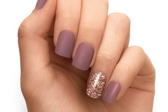 Offering Services: High Quality Gel Manicure by Real Nail Artists!