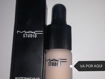 Venta: CORRECTOR WATERWEIGHT DE MAC