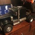 Selling: SCX10 6X6 18wheeler with Gooseneck Trailer