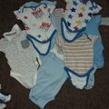 Selling with online payment: Vest bundle, age 6-9 Mths