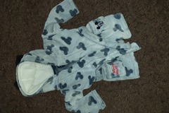 Selling with online payment: Mickey mouse dressing gown, age 9-12 Mths