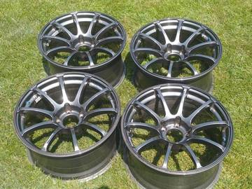 Selling: Advan RS 17x9 +22 5x114