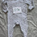 Selling with online payment: Unisex sleepsuit, age 1-3 Mths