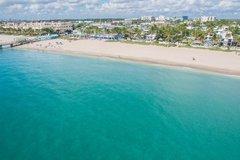 Daily Rentals: Lauderdale-by-the-Sea FL, Prime Beach Parking Near Restaurants