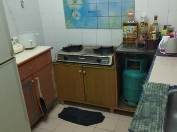 For rent (month/hour): PANGSAPURI BAIDURI SEKSYEN 7 SHAH ALAM