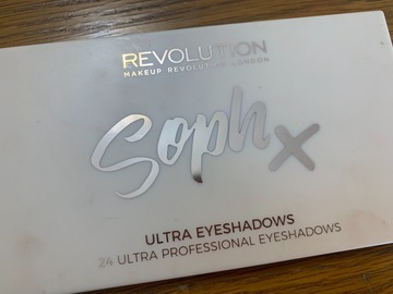 Venta: Paleta SophX de Makeup Revolution