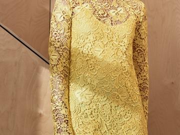 Selling: Yellow lace mini dress