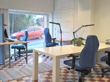 Vuokrataan: Työpöytäpaikka esim. tutkijalle tai kirjoittajalle