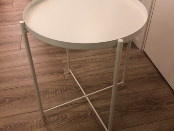 Giving away: [SOLD] IKEA white side table