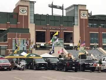 Free Events: Party with the best at Lambeau! Packers vs Redskins