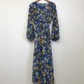 Selling: Brydie dress