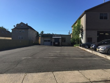 Monthly Rentals (Owner approval required): Edison NJ,  10 Car Parking Lot For Rent. Safe and Secure.