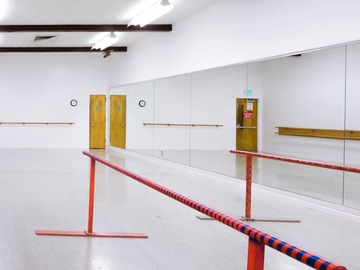 Available To Book & Pay (Hourly): SIJCC - Dance Studio With Sprung Floor