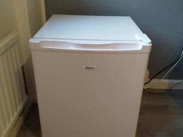 Selling: Matsui Freezer / Mini Freezer