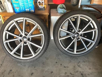 Selling: OEM Audi sport wheels with tires