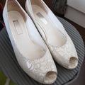 Ilmoitus: Gabor valkoiset kengät 39,5