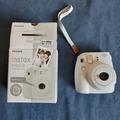 Ilmoitus: Instax mini -kamera