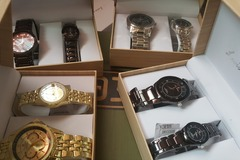 Buy Now: 10 boxes of Brand New His and Her wristwatches couplesset